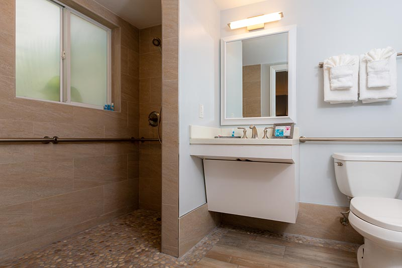 Accessible One Bedroom Suite Bathroom.